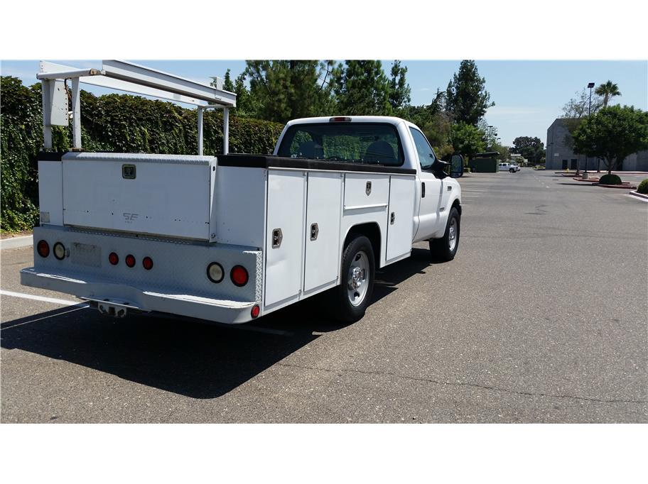 2006 Ford F-350 Super Duty 165' W.B. 2D - Riverbank CA