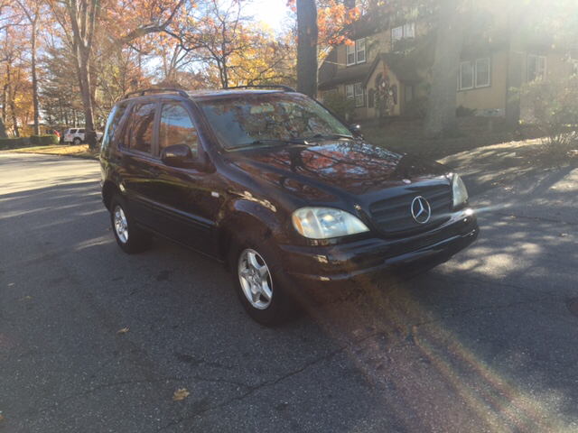 2000 mercedes benz m class ml320 awd 4matic 4dr suv in for Mercedes benz rockland