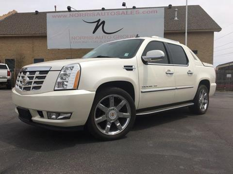 escalade s cadillac overview and specs ext review page prices ratings