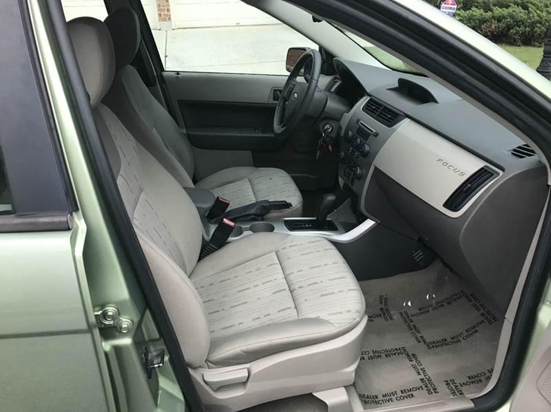 2008 Ford Focus SE 4dr Sedan - Tucker GA