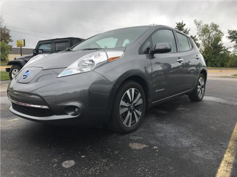 2017 Nissan LEAF for sale in Henryville, IN
