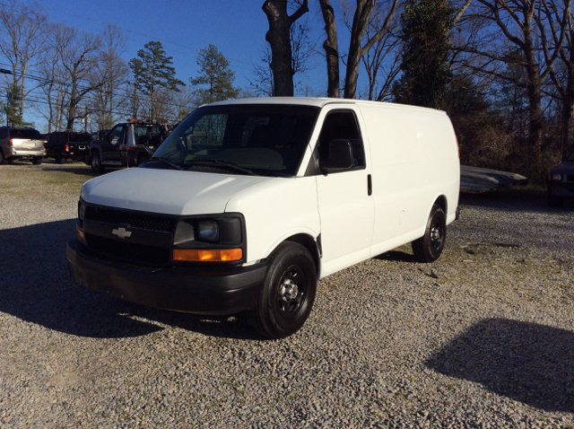 2004 Chevrolet Express 1500 Cargo 3-Dr Cargo Van - Colonial Heights VA