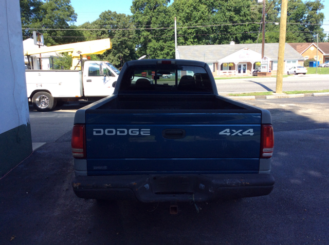 2000 Dodge Dakota Ext. Cab 2-Wd Extended Cab 4.7 V-8 - Colonial Heights VA