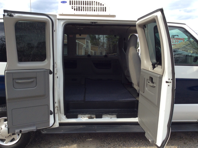 2009 Ford E-350 Ext. Sd Cargo Passenger  Extended Wheel Base - Colonial Heights VA