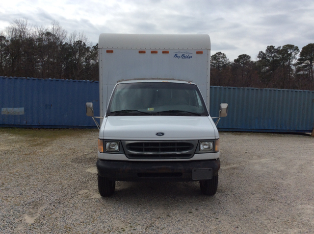 2000 Ford E-450 Sd 13Ft Box Truck 7.3 Di 13Ft Box Truck 7.3 Diesel - Colonial Heights VA