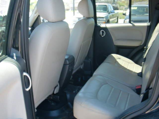 2004 Jeep Liberty Renegade 4WD 4dr SUV - Green Bay WI