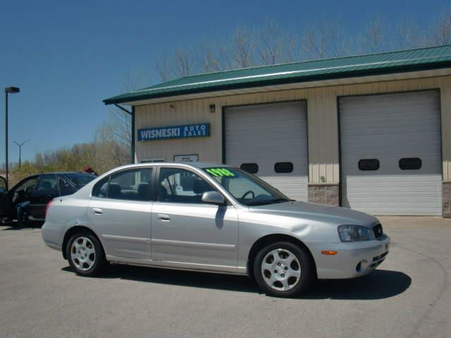 2003 Hyundai Elantra GLS 4dr Sedan - Green Bay WI