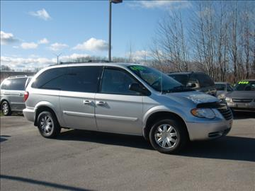 2006 Chrysler Town and Country for sale in Green Bay, WI