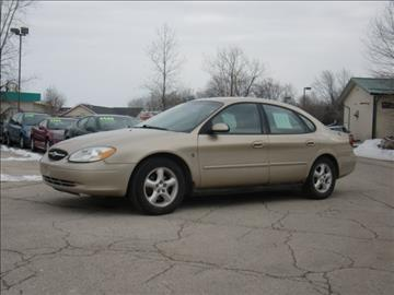 2001 Ford Taurus for sale in Green Bay, WI