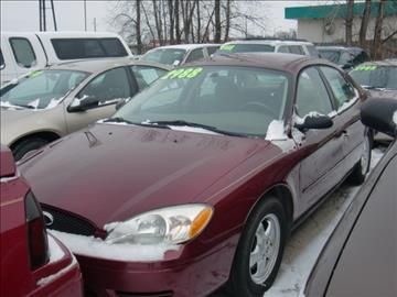 2005 Ford Taurus for sale in Green Bay, WI
