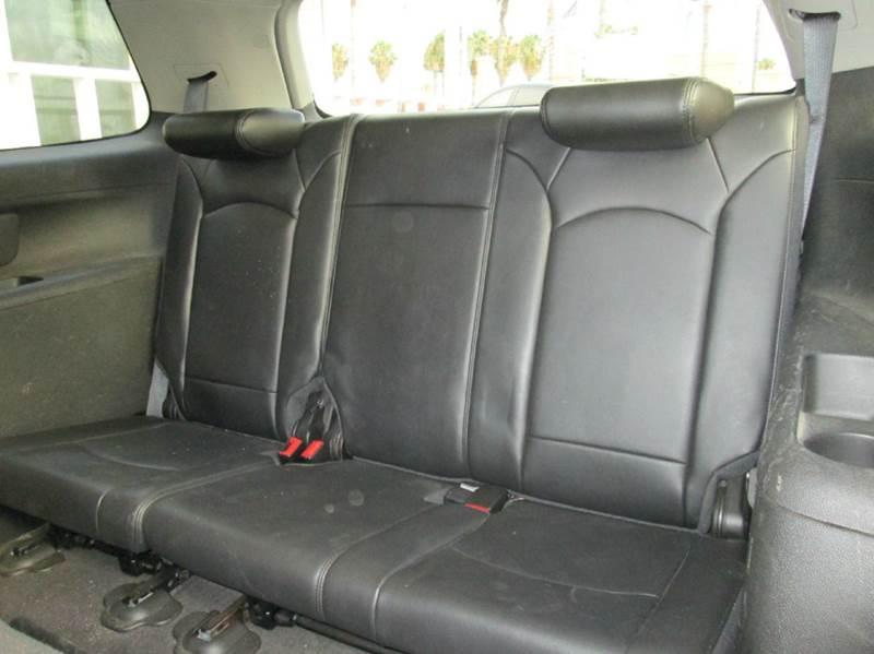 2009 Saturn Outlook AWD XR 4dr SUV - San Diego CA