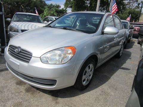 2009 Hyundai Accent for sale in Patchogue, NY