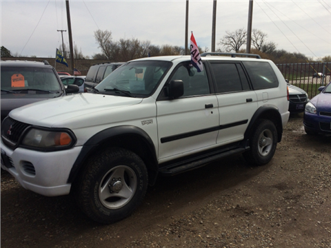 2001 Mitsubishi Montero Sport for sale in Mandan, ND