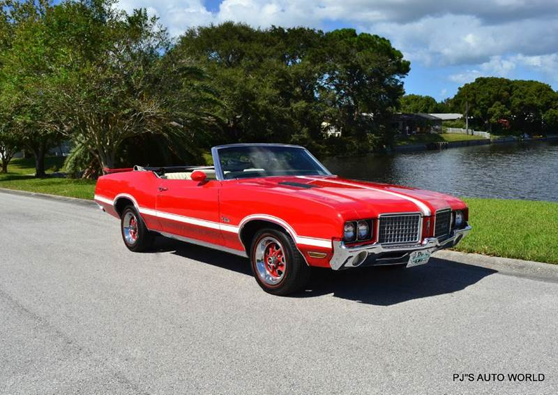 1972 Oldsmobile Cutlass Convertible 16 488 Miles Red
