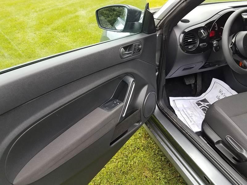 2013 Volkswagen Beetle 2.5L Entry PZEV 2dr Hatchback 6A - St. David ME