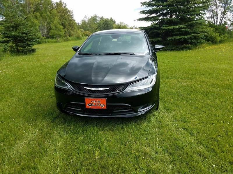 2015 Chrysler 200 S AWD 4dr Sedan - St. David ME