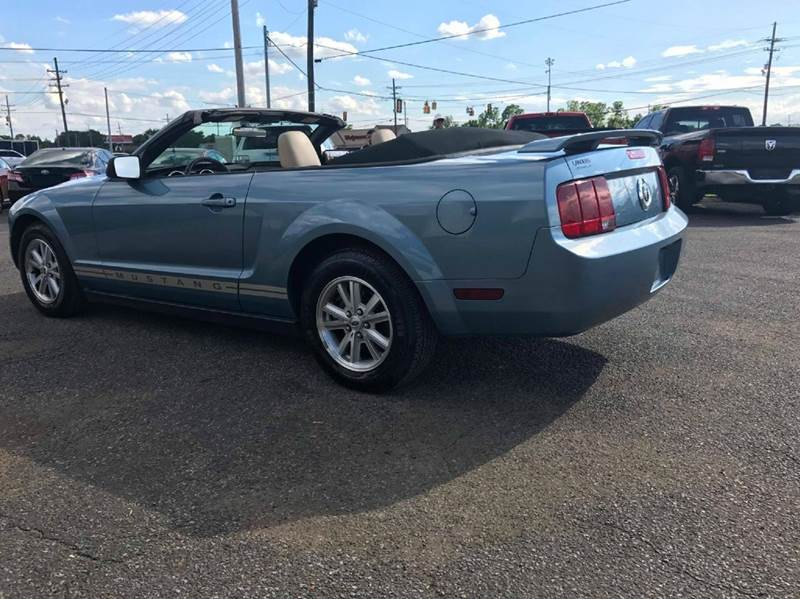 2006 Ford Mustang V6 Premium 2dr Convertible - Horn Lake MS