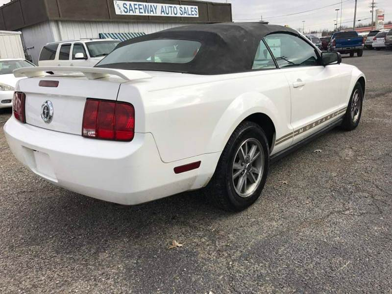 2005 Ford Mustang V6 Premium 2dr Convertible - Horn Lake MS