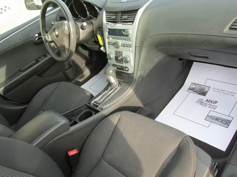 2011 Chevrolet Malibu LT 4dr Sedan w/1LT - Maquoketa IA