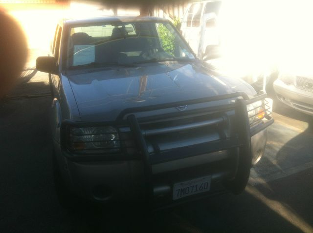 2004 NISSAN FRONTIER XE-V6 4DR CREW CAB RWD LB the most sought after truck is here it is a 2004 ni