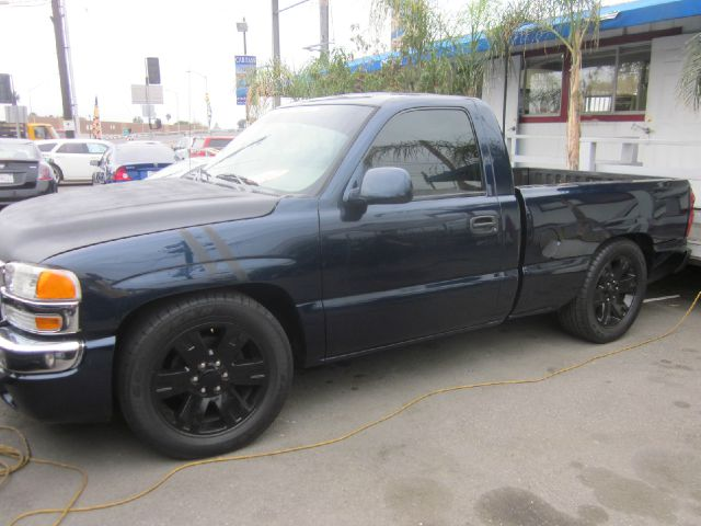 2006 GMC SIERRA 1500 SL1 2DR REGULAR CAB 65 FT SB dark blue our mission at car pass is always to