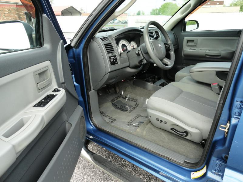 2006 Dodge Dakota SLT 4dr Quad Cab SB - Chattanooga TN