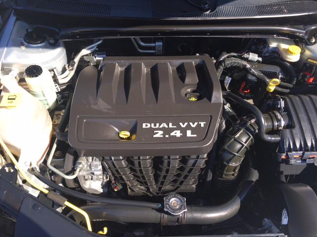 2012 Chrysler 200 LX 4dr Sedan - Greenville SC