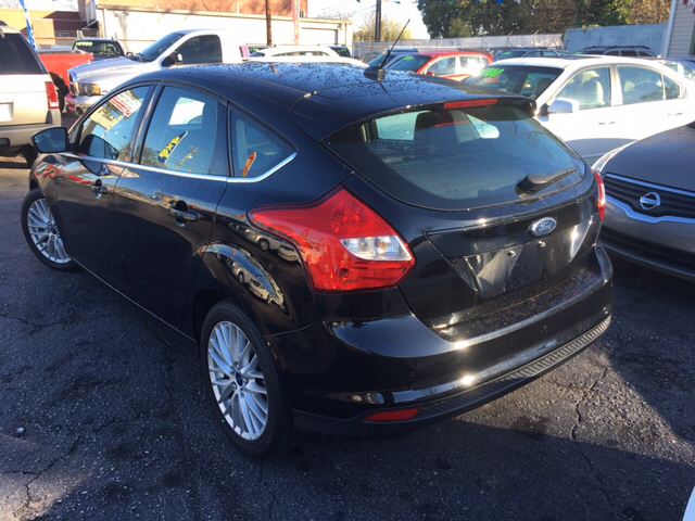 2012 Ford Focus SEL 4dr Hatchback - Greenville SC