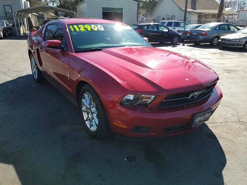 2010 Ford Mustang V6 Premium 2dr Coupe - Greenville SC