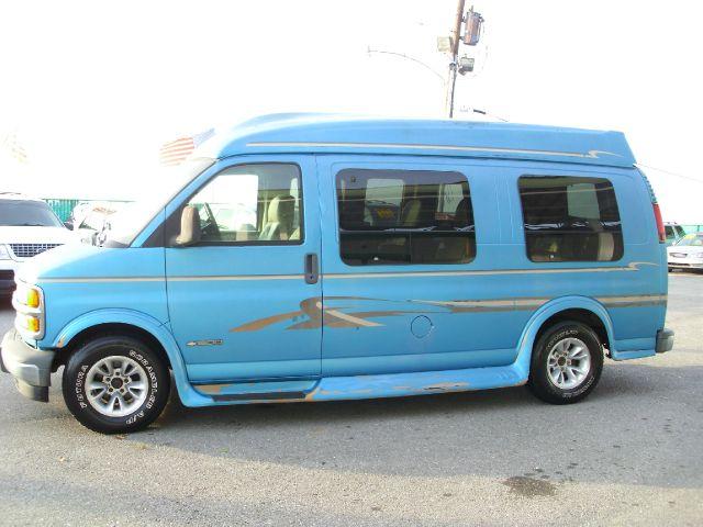 1999 Chevrolet Express for sale in Kenner LA