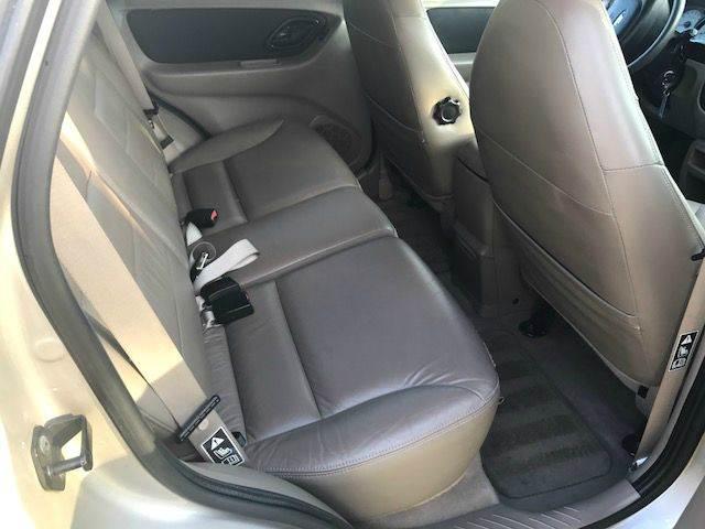 2001 Ford Escape XLT 4WD 4dr SUV - Pompano Beach FL