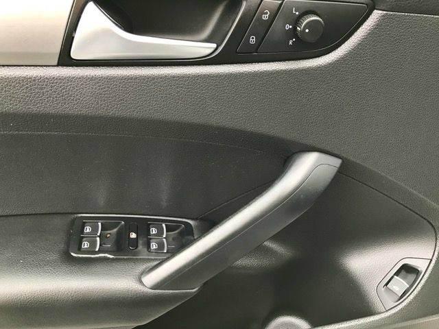 2012 Volkswagen Passat S 4dr Sedan 6A w/ Appearance - Pompano Beach FL