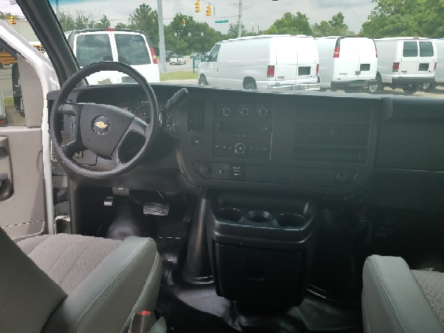 2013 Chevrolet Express Cargo 3500 3dr Extended Cargo Van w/ 1WT - Indianapolis IN