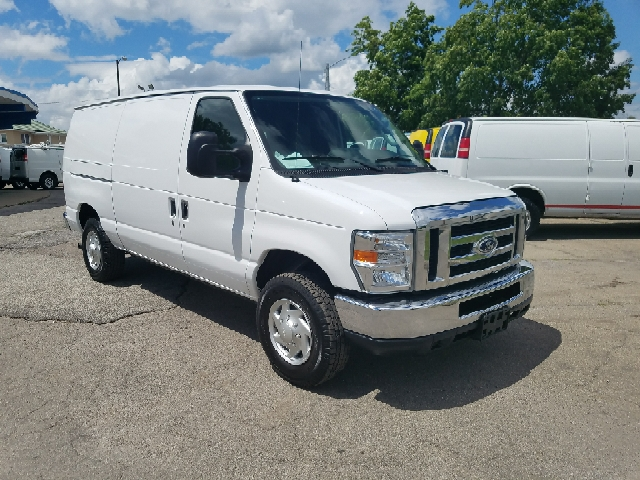 2014 Ford E-Series Cargo E-350 SD 3dr Cargo Van - Indianapolis IN
