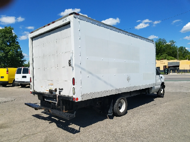 2006 Ford E-350  - Indianapolis IN
