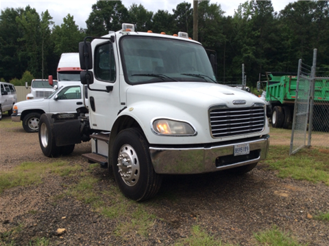 2007 Freightliner Business class M2 for sale in Winnfield, LA