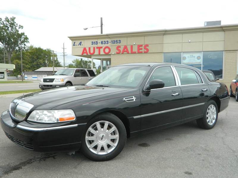 2009 lincoln town car signature limited 4dr sedan in lincoln park mi l a trading co. Black Bedroom Furniture Sets. Home Design Ideas
