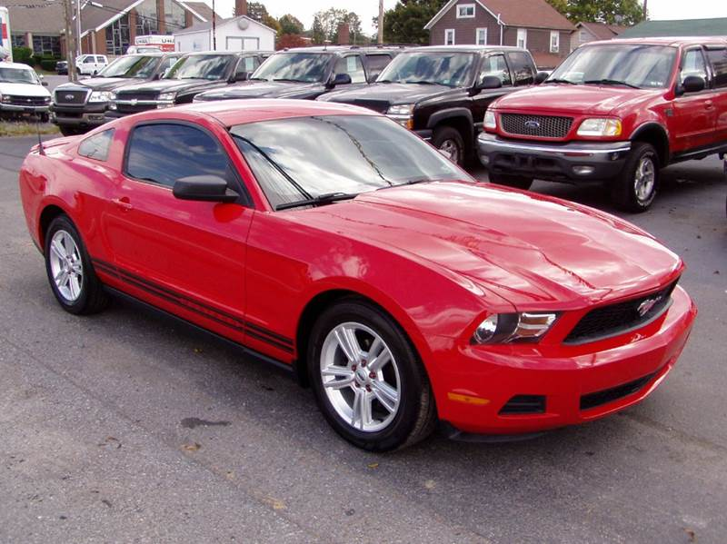 2010 Ford Mustang V6 Premium 2dr Coupe - Johnstown PA