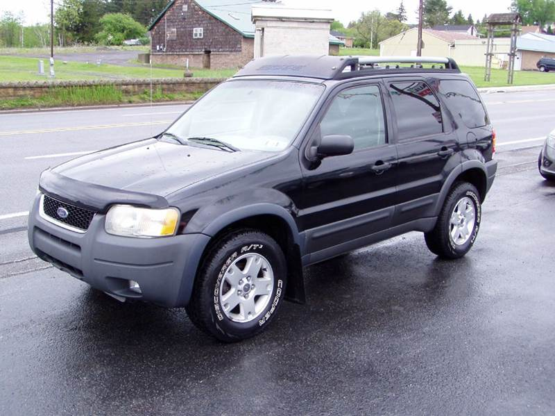 2003 Ford Escape XLT Popular 2 4WD 4dr SUV - Johnstown PA