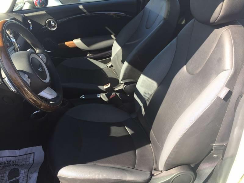 2009 MINI Cooper 2dr Hatchback - Hayward CA
