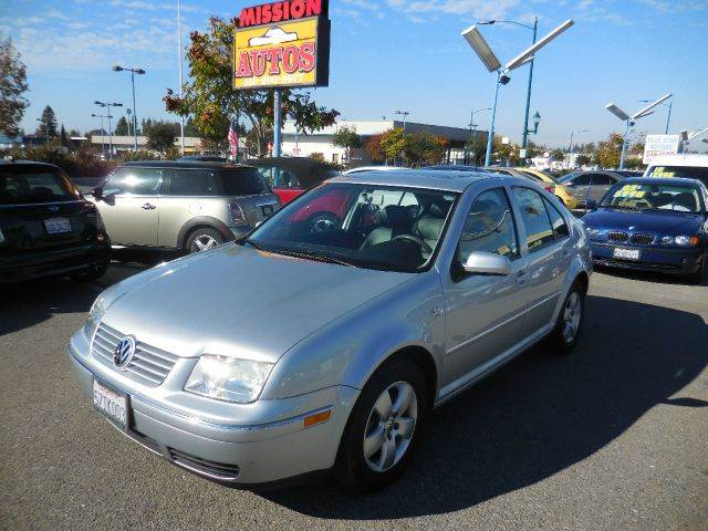 2004 Volkswagen Jetta for sale in HAYWARD CA