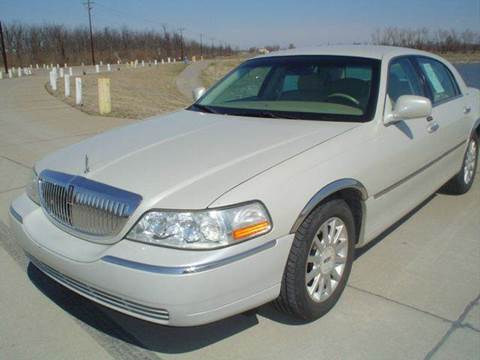 2006 Lincoln Town Car for sale in Sikeston, MO