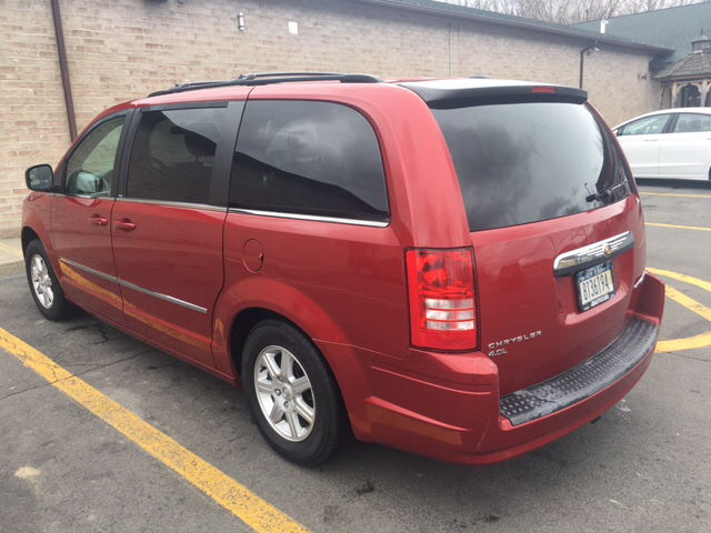 2010 Chrysler Town and Country Touring 4dr Mini Van - Schenectady NY
