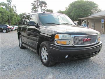 2004 GMC Yukon for sale in Laurel, MS