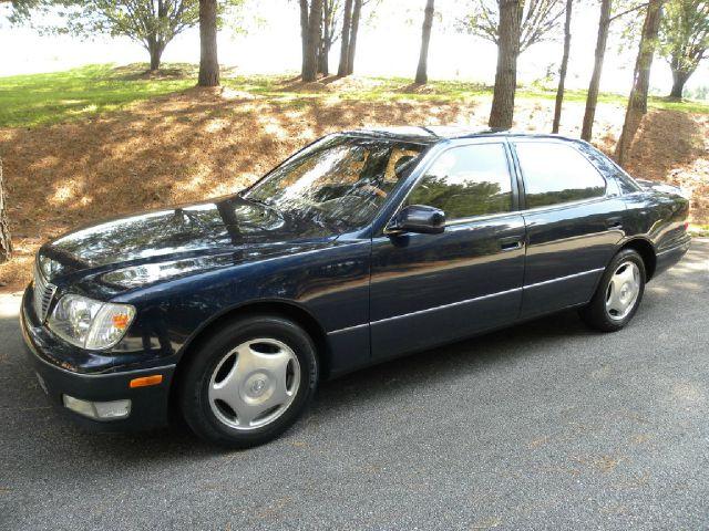 1999 Lexus LS 400