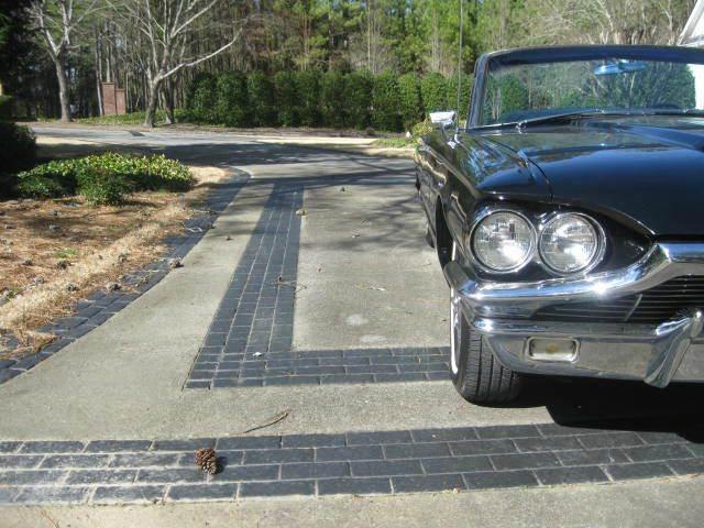 1965 Ford Thunderbird 23