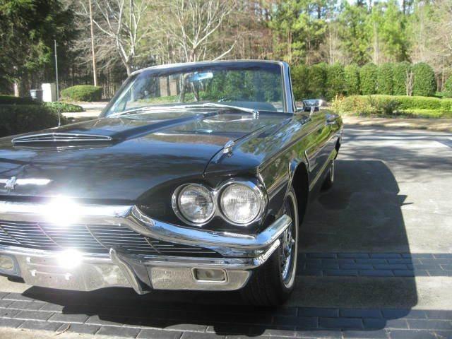 1965 Ford Thunderbird 24