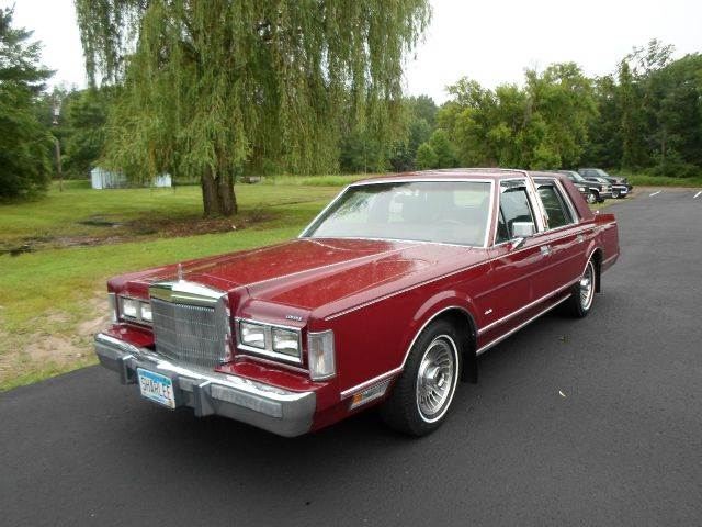 1988 lincoln town car used cars for sale. Black Bedroom Furniture Sets. Home Design Ideas
