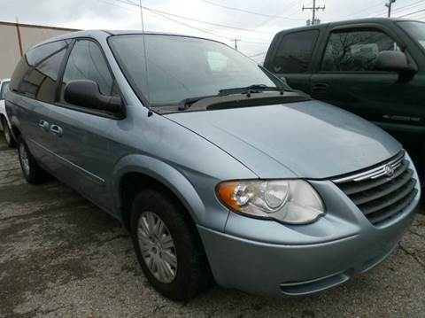 2005 Chrysler Town and Country for sale in Columbus, OH