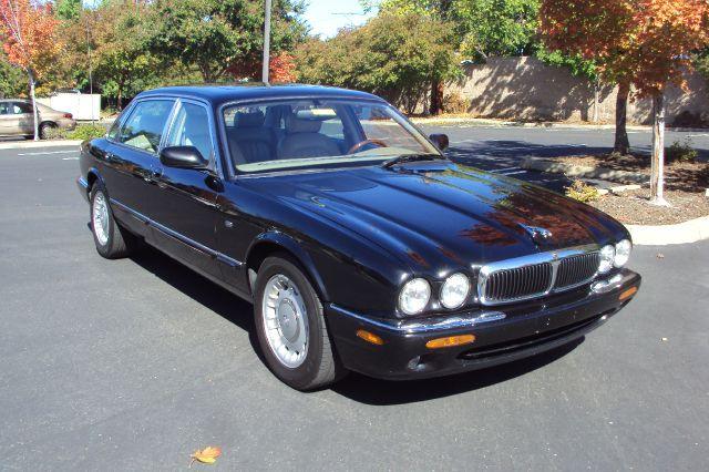 1999 Jaguar XJ-Series
